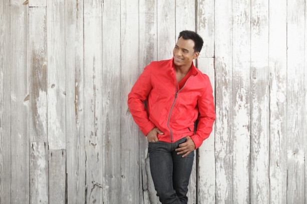 Epcot International Flower & Garden Festival Performers: Jon Secada
