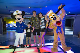 Behind the Scenes: Food Network Hosts Cruising on the Disney Dream