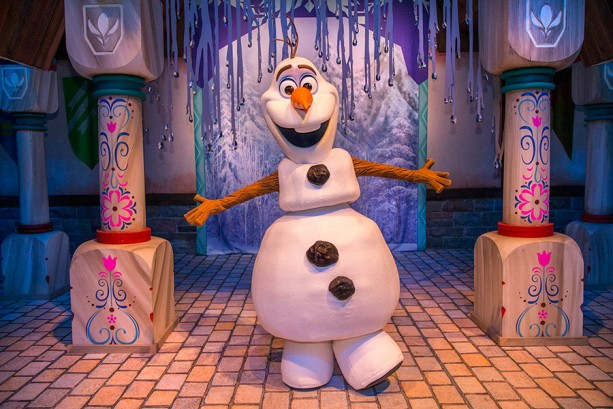 Enjoy 'Frozen Fun' Before it Melts Away and Stay Close to the Magic with Disneyland Resort Hotel Offer