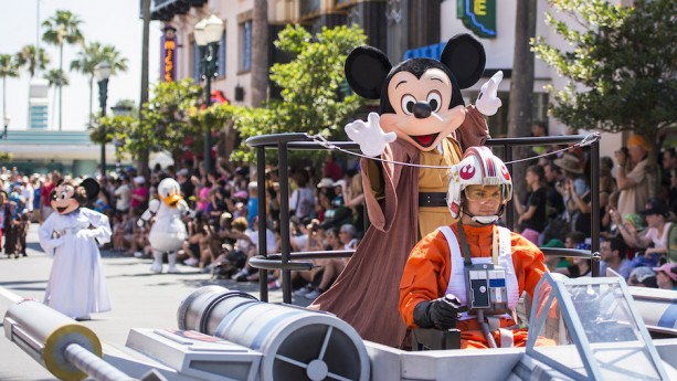 Reservations Now Open for the Feel the Force Premium Packages During Star Wars Weekends