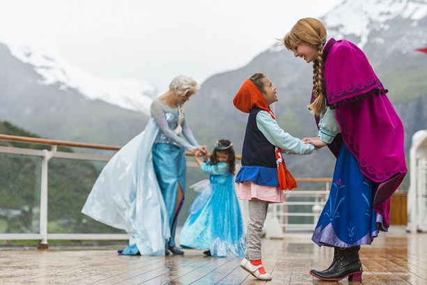 "Norway Cruise Director Voyage Report: Top Five ""Frozen"" Experiences"