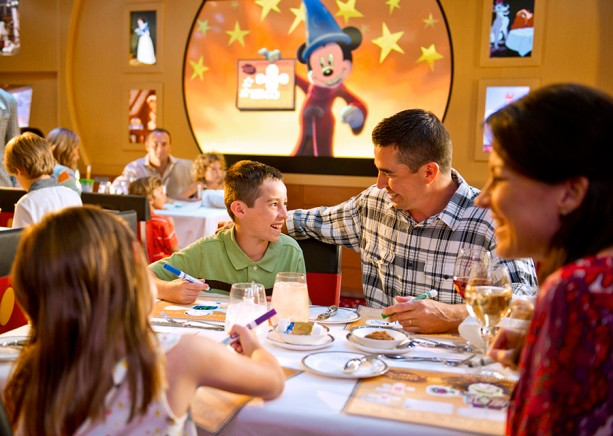 Dressing for a Disney Cruise: Tips from the Disney Parks Moms Panel