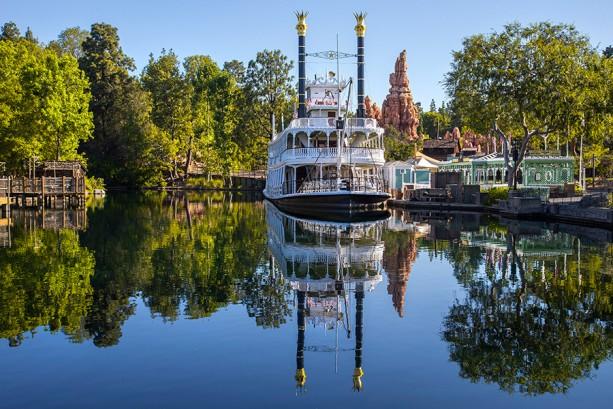 The Magic of Disney Parks Storytelling: Rivers of America at Disneyland Park