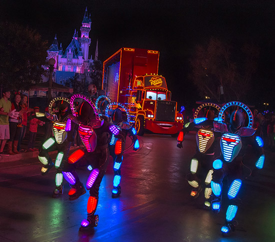 'Paint the Night' at Disneyland Resort is First Disney Parks Parade to Offer Audio Description and Handheld Captioning for Guests with Visual or Hearing Disabilities