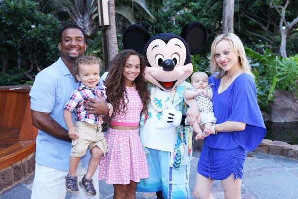 Alfonso Ribeiro Soaks Up Summer with 'Ohana at Aulani, a Disney Resort & Spa