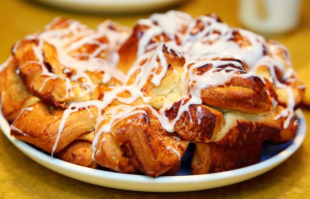 Recipe: Chip's Sticky Bun Bake from Garden Grill Restaurant at Epcot