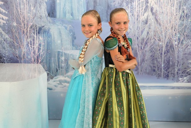 VIDEO – Visiting Ice Palace Boutique at Disney's Hollywood Studios for Frozen Summer Fun