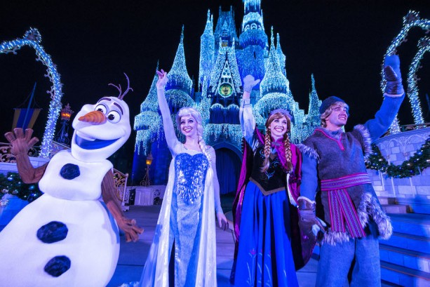 Watch 'A Frozen Holiday Wish' Live Stream on November 8 at 6:15 p.m. EST