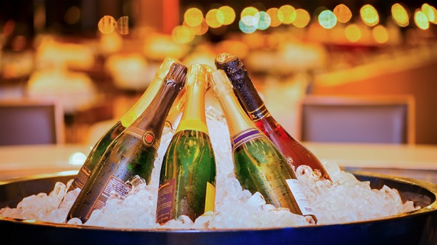 Reservations Now Open for Countdown to Midnight: NYE 2016 at Disney's Yacht & Beach Club