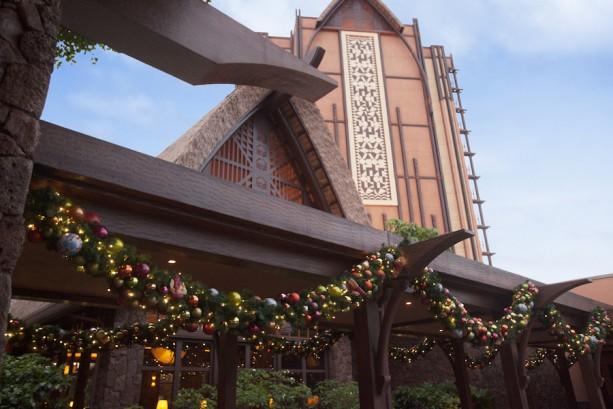 Winter Festivities at Aulani, a Disney Resort &Spa