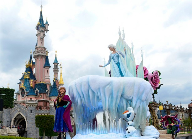 a personal recount of getting lost in disneyland