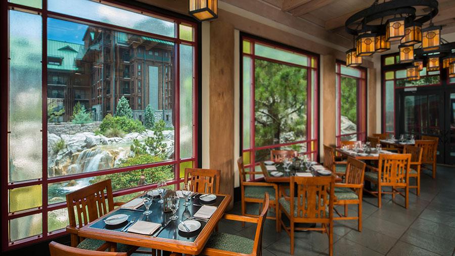 Celebrate Valentine's Day with Dinner at a Walt Disney World Resort Restaurant