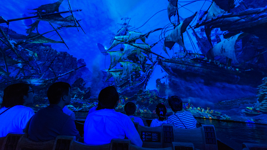 Pirates of the Caribbean: Battle for the Sunken Treasure at Shanghai Disneyland Receives Industry Award for Outstanding Visual Effects