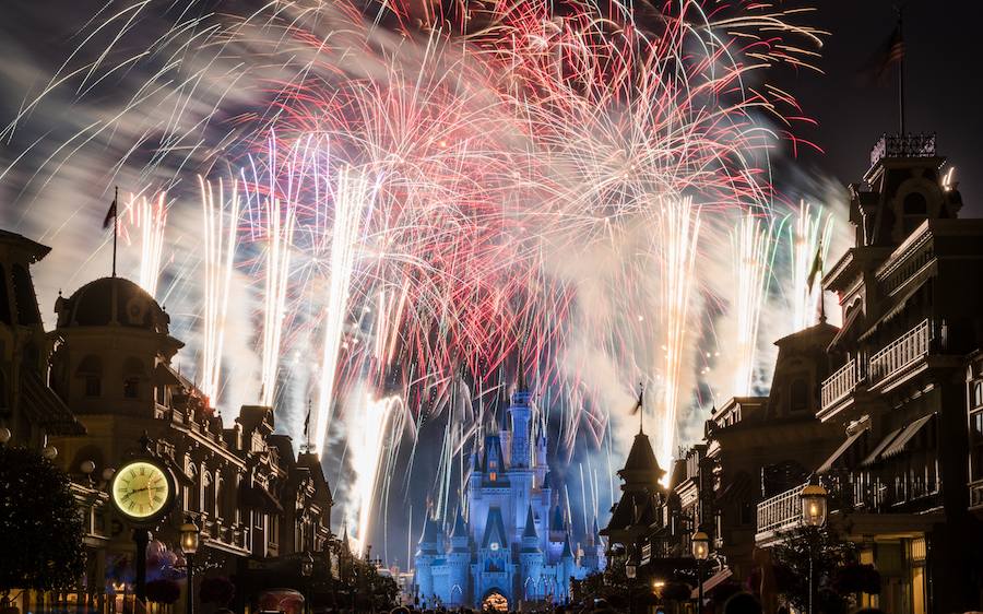 This Week in Disney Parks Photos: A Celebration of 'Wishes'