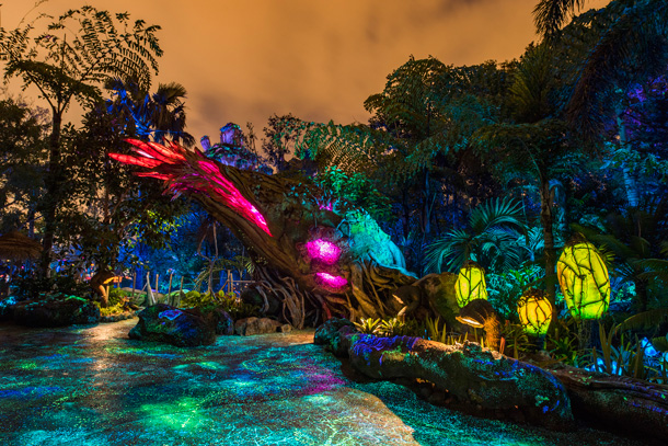 Disney Parks After Dark: Pandora – The World of Avatar Comes To Life At Night