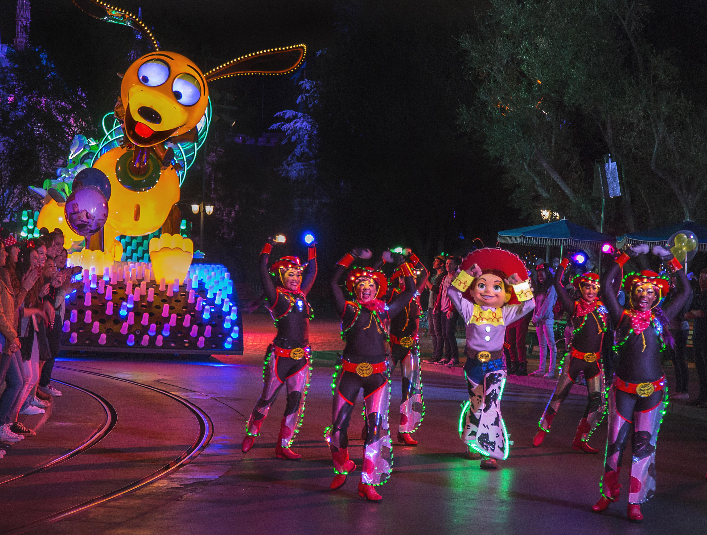 Pixar Fest Brings Celebration of Friendship Throughout Disneyland Resort Beginning April 13, 2018