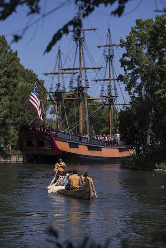 Davy Crockett's Explorer Canoes returns to Disneyland park