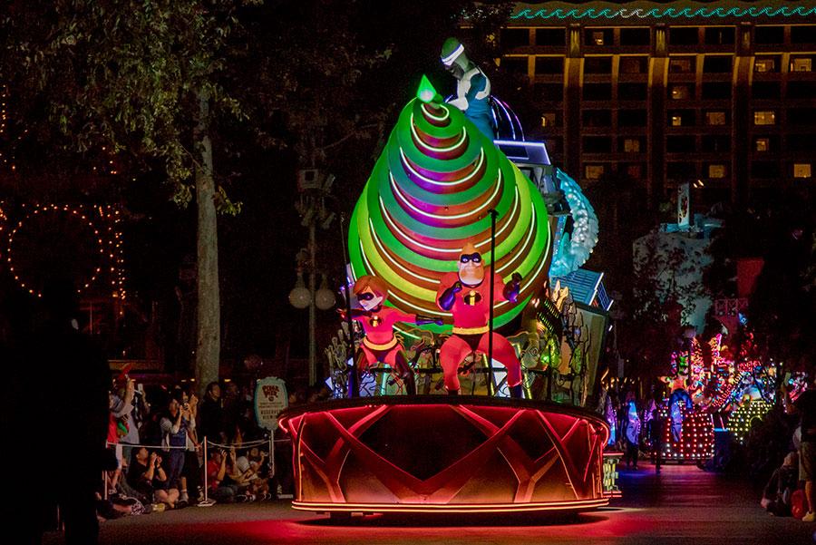 Disney Parks Blog Pixar Party Meet-Up Celebrates Friendship and Beyond in Disney California Adventure Park