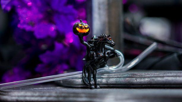 2018 Halloween Headless Horseman Straw Clip at Disney Parks