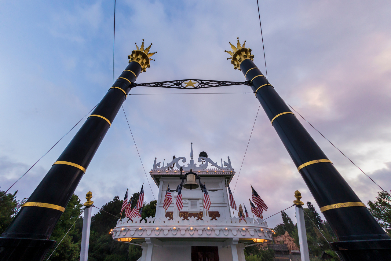 Mark Twain Riverboat at Disneyland park