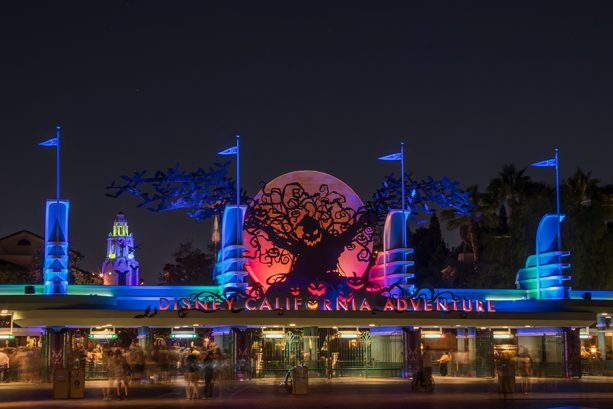 13 Festive Photo Moments During Halloween Time at Disneyland Resort