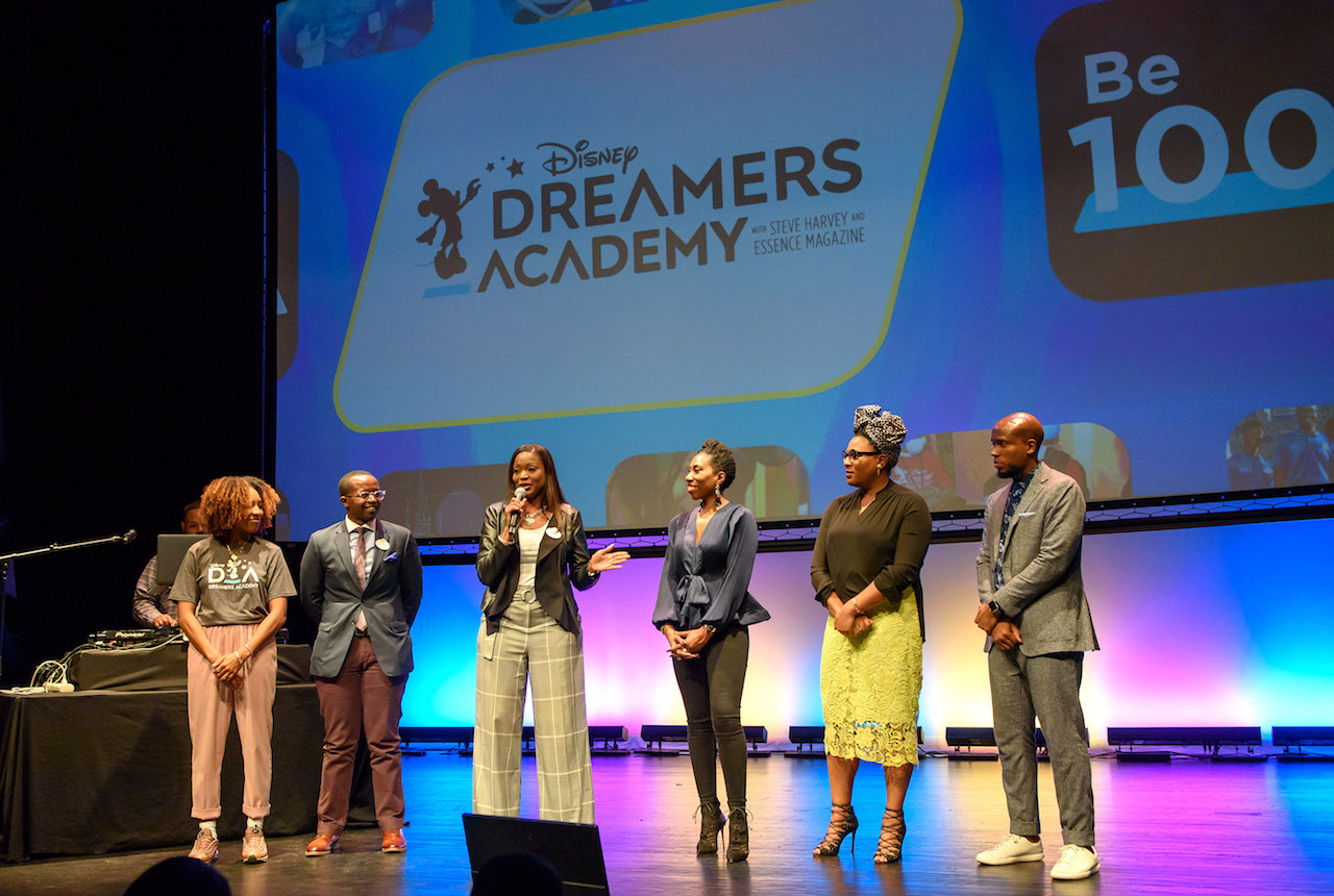 Disney Dreamers Academy Goes on the Road to Encourage Pursuing Dreams As Deadline To Apply For the Mentoring 2019 Program Approaches