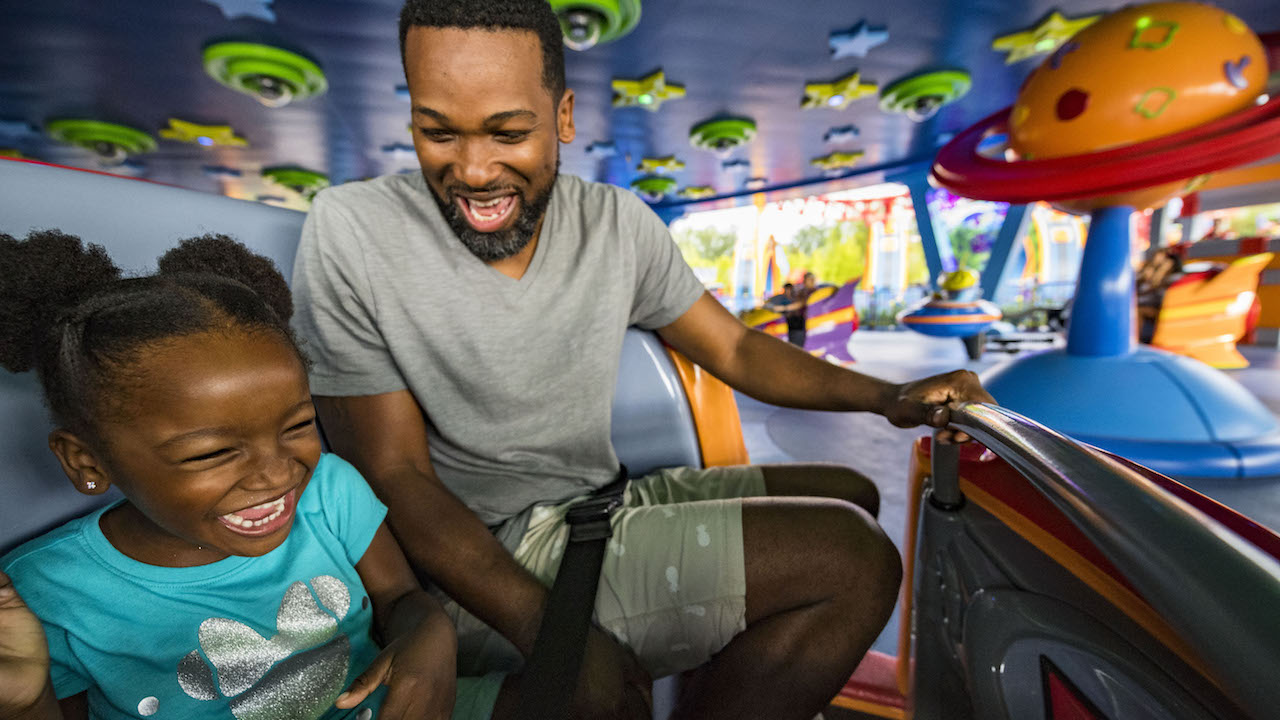 #DisneyKids: Galactic Whirls Delight Young Guests at Toy Story Land