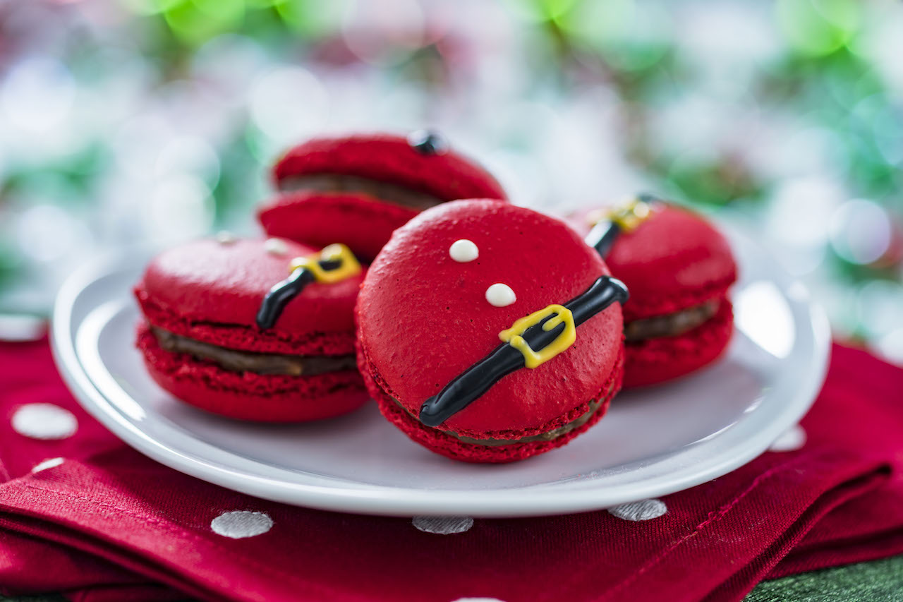 Santa Belt Macarons for Flurry of Fun at Disney's Hollywood Studios