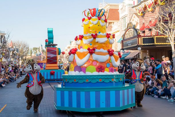 'Mickey's Soundsational Parade' Returns for Get Your Ears On – A Mickey and Minnie Celebration at Disneyland Resort