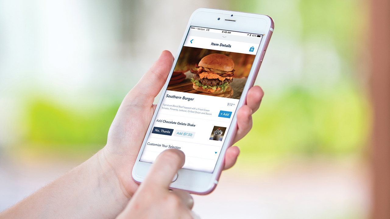 Moms Panel Monday: Mobile Ordering – A Game Changer for Quick Service Dining at Disney Parks