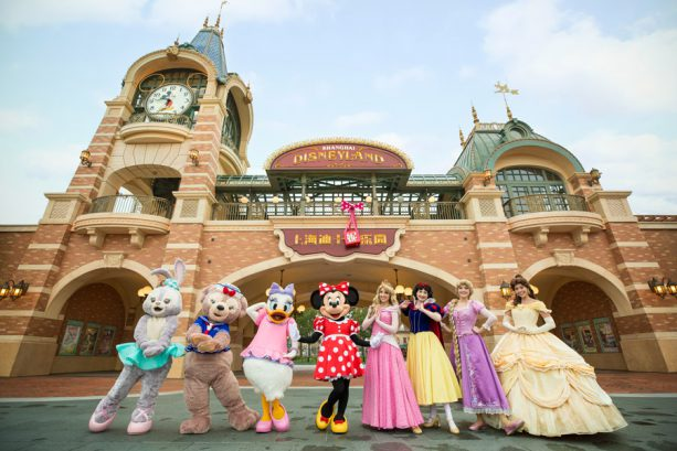 Shanghai Disney Resort is in Full Bloom for Spring