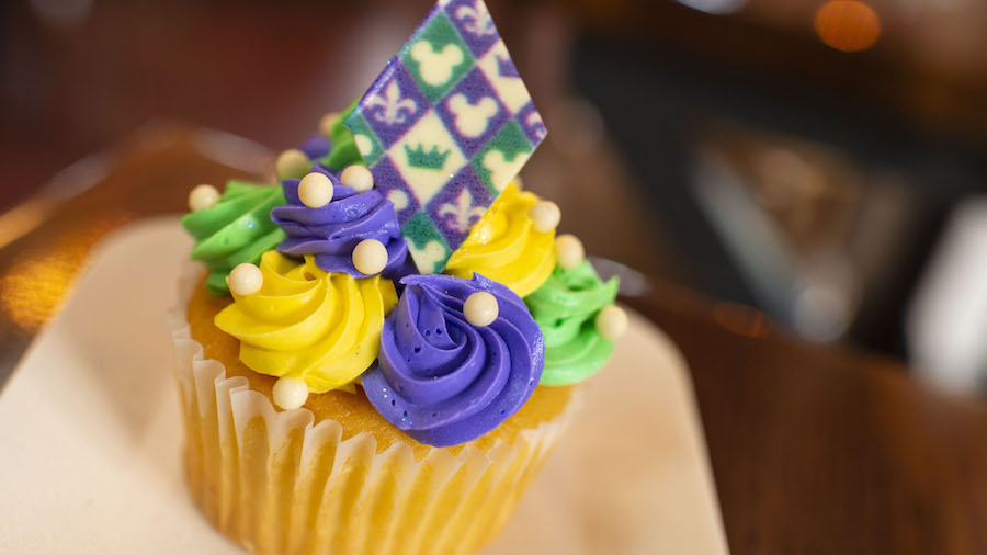 Mardi Gras Cupcake from Sassagoula Floatworks and Food Factory at Disney's Port Orleans Resort – French Quarter