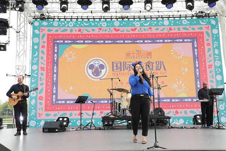 live music at the International Food & Drink Fest at Shanghai Disney Resort