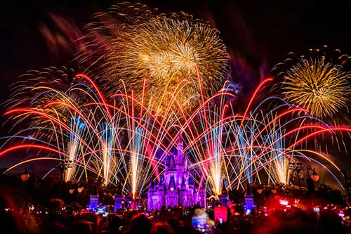 #DisneyParksLIVE: Watch Fourth of July Fireworks Live From Magic Kingdom Park July 4