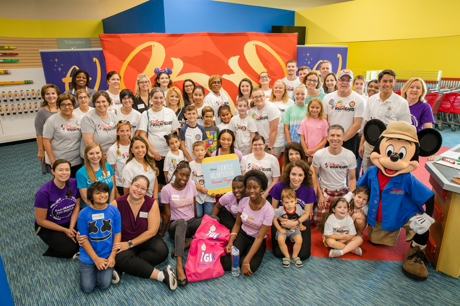 Disney and Points of Light Recognize A Gift For Teaching for Family Volunteerism Efforts