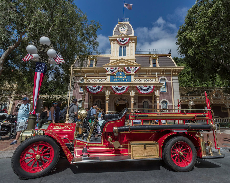 Disneyland Resort Celebrates America with PatrioticFanfare