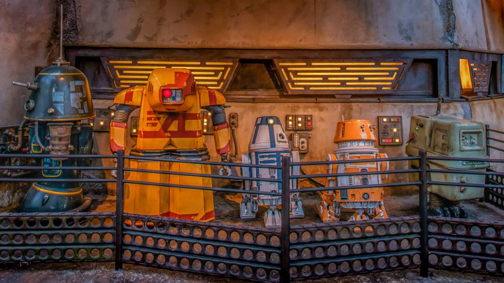 Disney Parks Blog Weekly Recap – Celebrating the Fourth of July at Disney Parks, Meet the Droids of Star Wars: Galaxy's Edge and More…