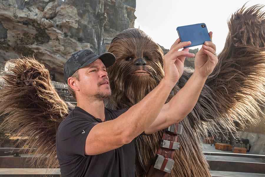 Matt Damon Explores Star Wars: Galaxy's Edge at Disneyland Park