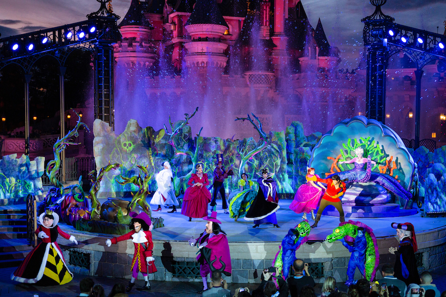 Halloween is a Frightful Good Time at Disneyland Paris