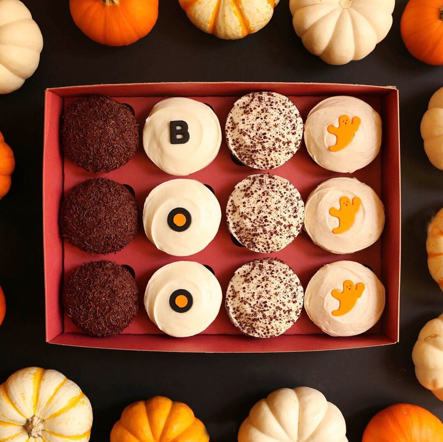 Sprinkes BOO Box with of Vanilla, Milk Chocolate, Red Velvet, Black & White and Pumpkin cupcakes