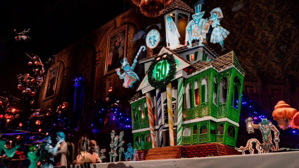Spook-tacular Ways to Stay Cool at Disneyland Resort this Halloween Season