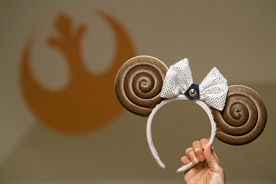 Meet Ashley Eckstein and Purchase a Princess Leia Bun-Inspired Minnie Ear Headband at Disney's Hollywood Studios October 4