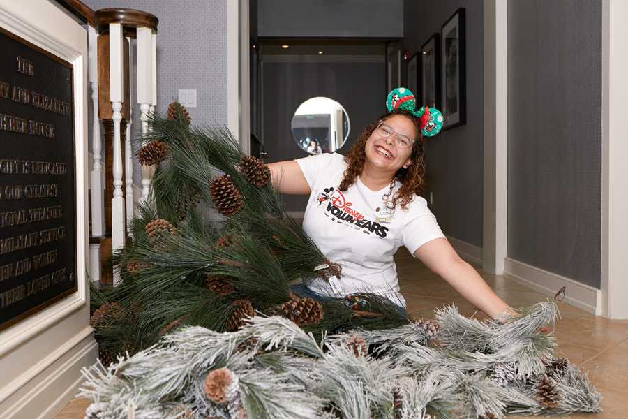 #FeelGoodFriday: Decking the Halls for Veteran Families this Veterans Day