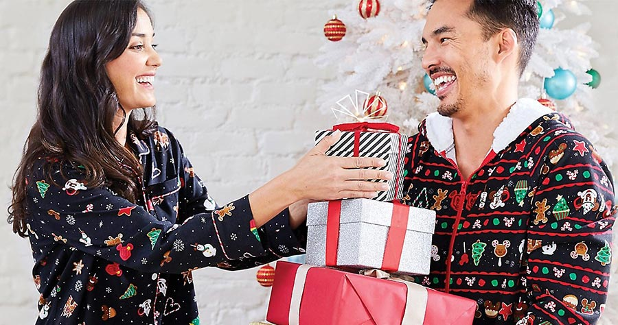 'Tis the Season for Holiday Gifts and Experiences at Disney Parks, shopDisney.com and Disney Store