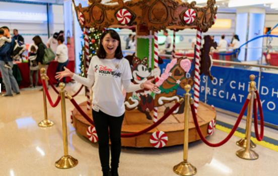 Disney VoluntEARS Create Holiday Magic Around the World