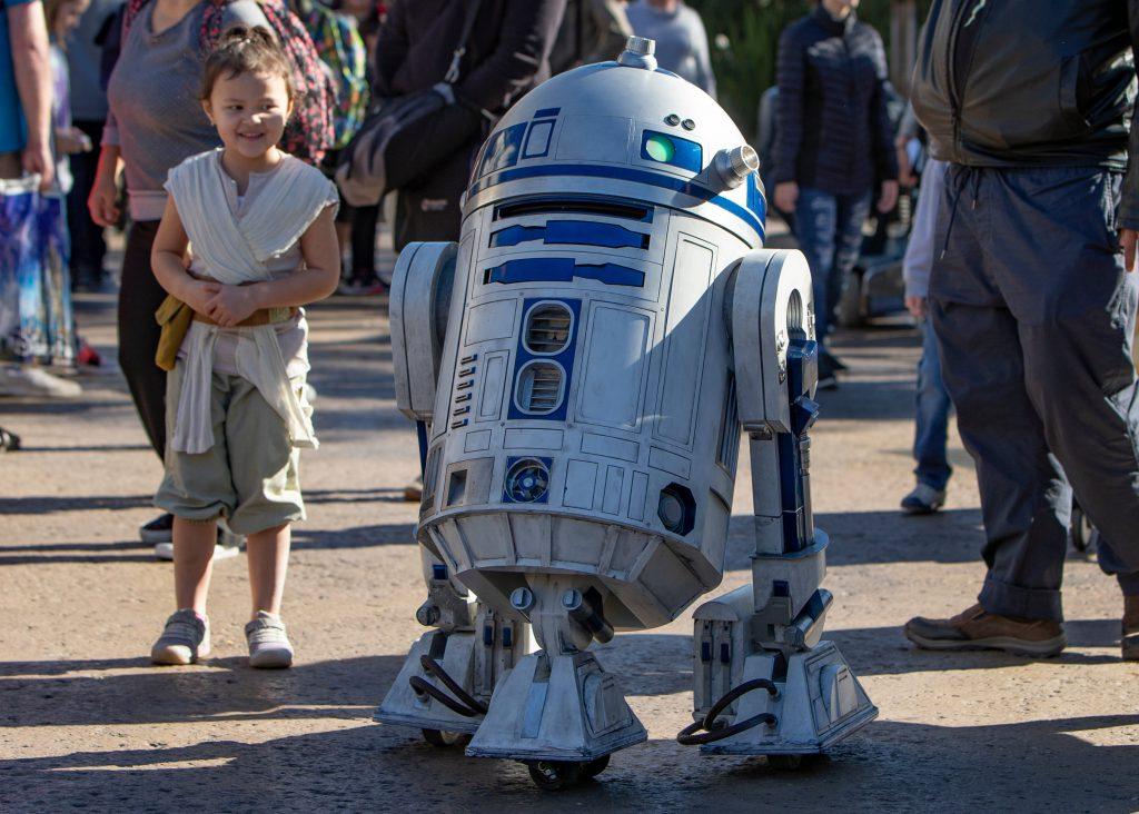 R2-D2 Now Gliding Around Star Wars: Galaxy's Edge at Disneyland Park