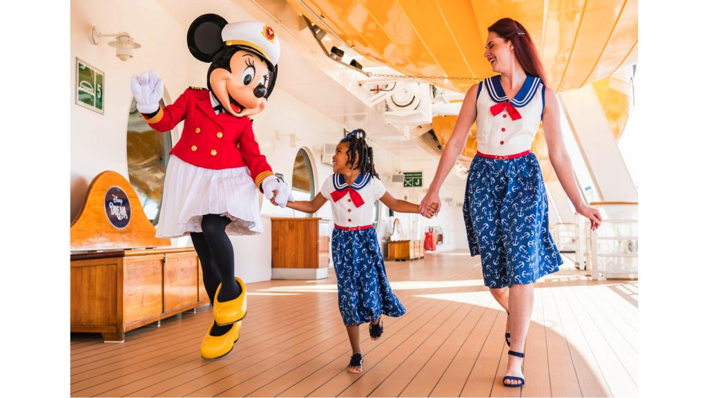 Sail Away Minnie Collection Debuts on Disney Cruise Line