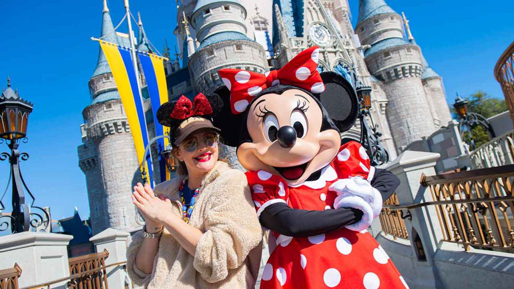 Drew Barrymore Visits with Minnie Mouse at Walt Disney World Resort